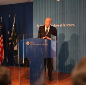 Умберто Веронези – директор по науке Европейского института рака