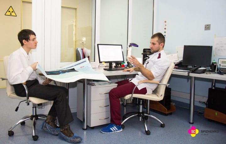 Юный изобретатель в Клинике Спиженко - почему школьник интересуется работой КиберНожа