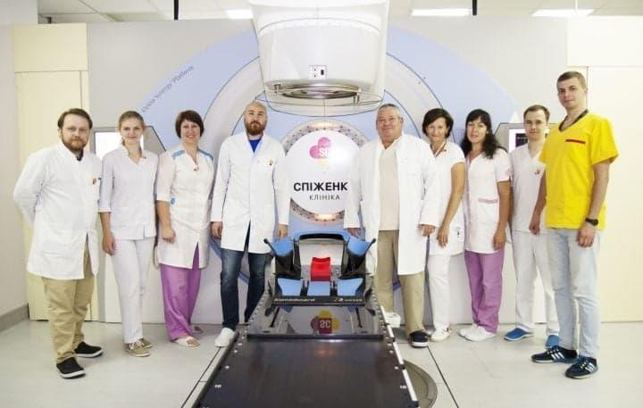 Клиника Спиженко получила право проводить лучевую терапию в клинических исследованиях