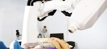 Процедура радиохирургического лечения на КиберНоже в Клинике Спиженко