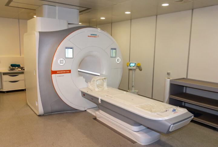 Магнитно-резонансный томограф Siemens MAGNETOM Sola 1,5 T, в Центре диагностики Клиники Спиженко